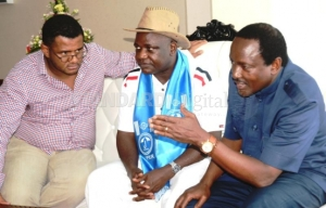 Wiper Party leader Stephen Kalonzo Musyoka (right) with Nyali MP Hezron Awiti Bolo (centre) and Mombasa County Senator Hassan Omar Sarai (left)  at the Wildwaters Park in Mombasa County. [PHOTO BY GIDEON MAUNDU/STANDARD].